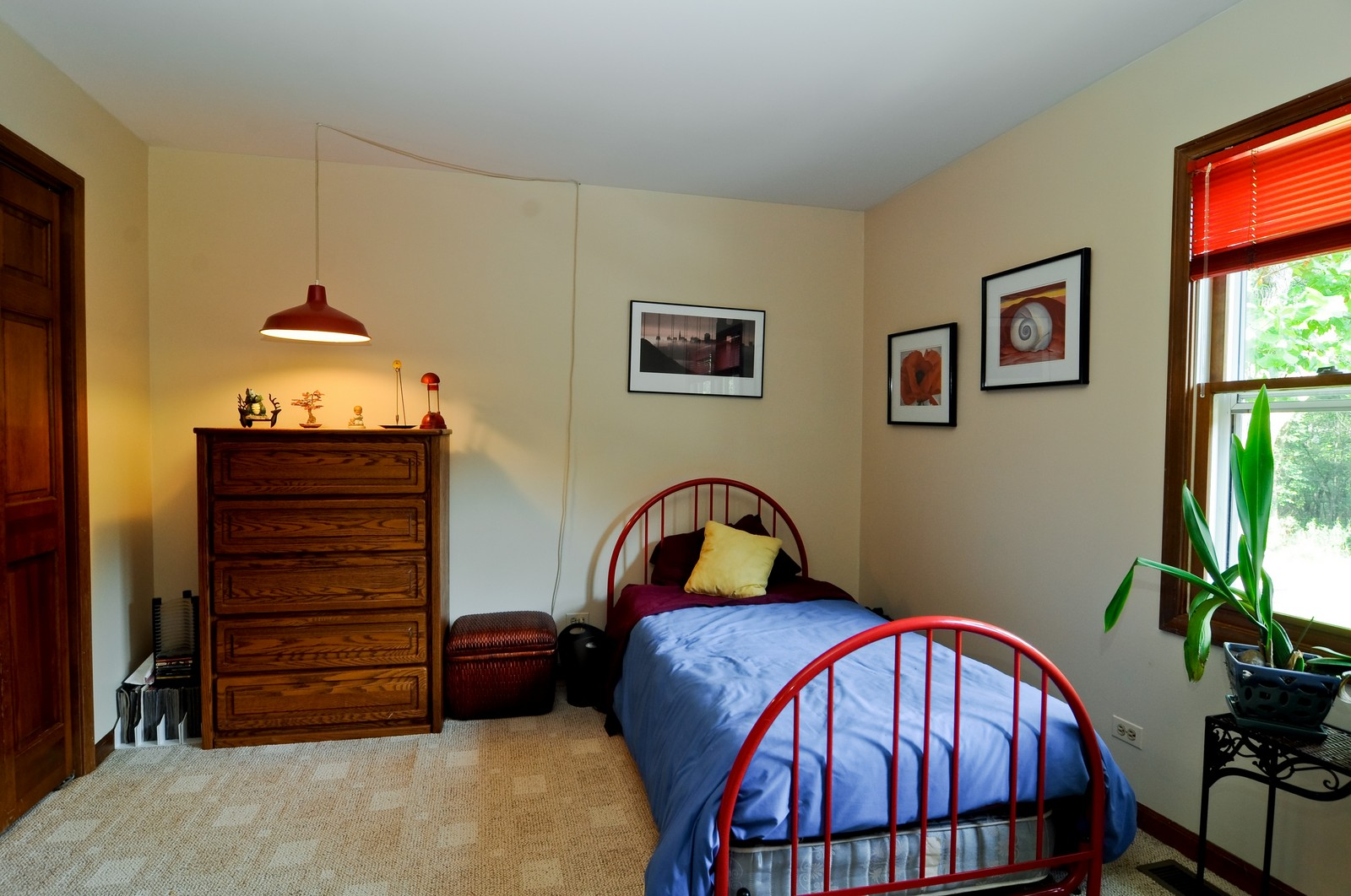 Real Estate Photography - 1000 Plum Tree Rd, Fox River Grove, IL, 60021 - 4th Bedroom