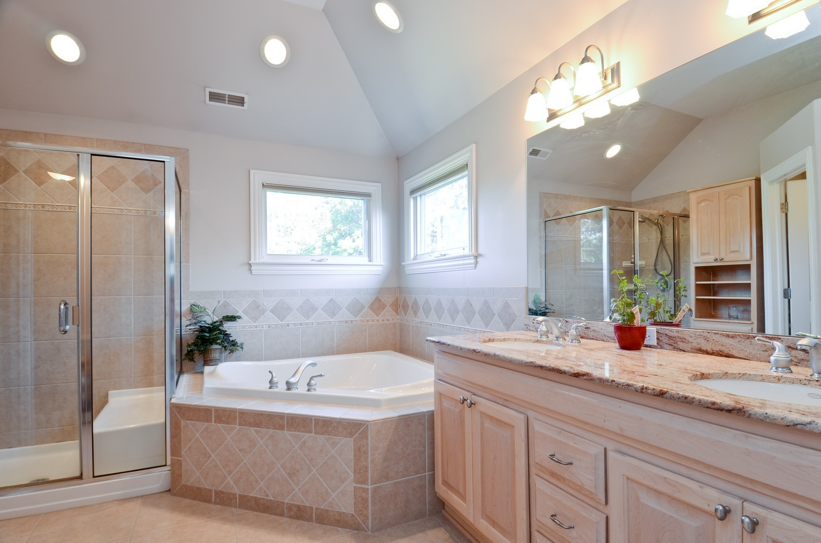 Real Estate Photography - 4343 Woodward Ave, Downers Grove, IL, 60515 - Master Bathroom