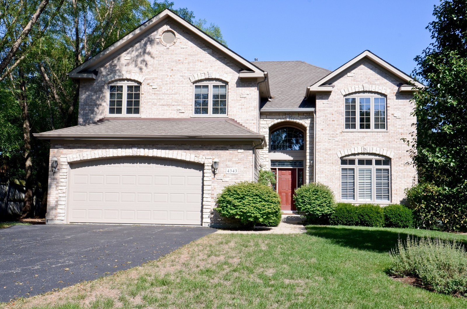 Real Estate Photography - 4343 Woodward Ave, Downers Grove, IL, 60515 - Front View