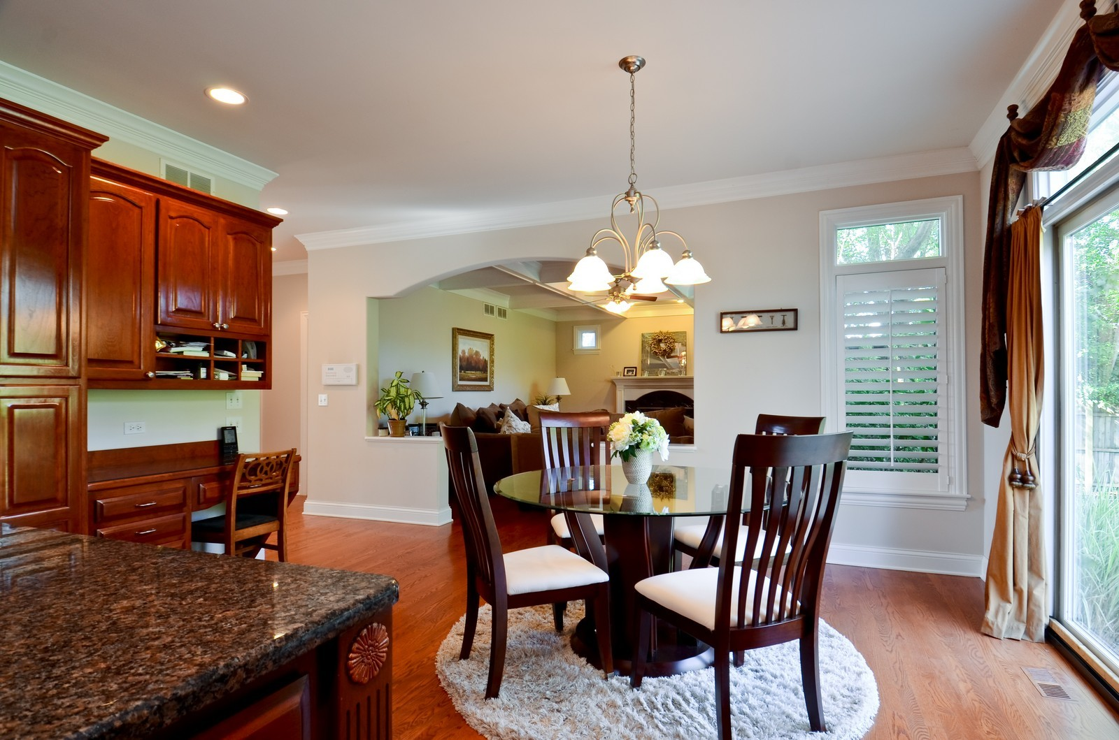 Real Estate Photography - 4343 Woodward Ave, Downers Grove, IL, 60515 - Family Room / Kitchen