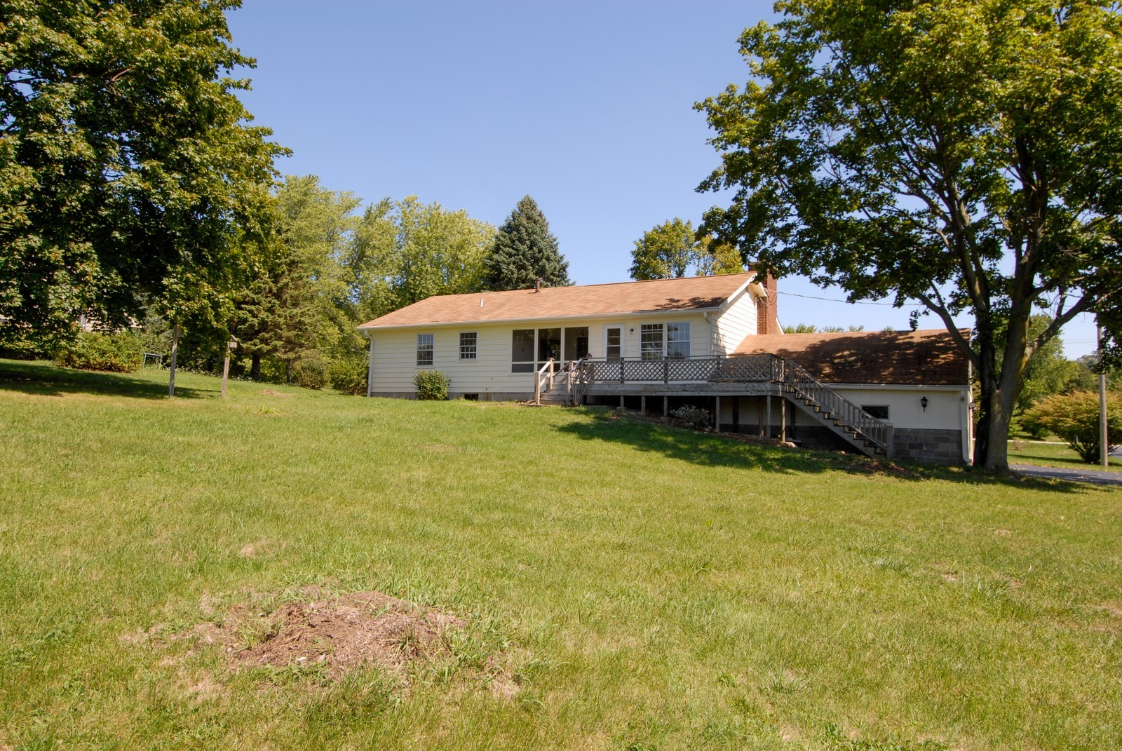 Real Estate Photography - 5N456 Old LaFox Rd, St Charles, IL, 60175 - Rear View