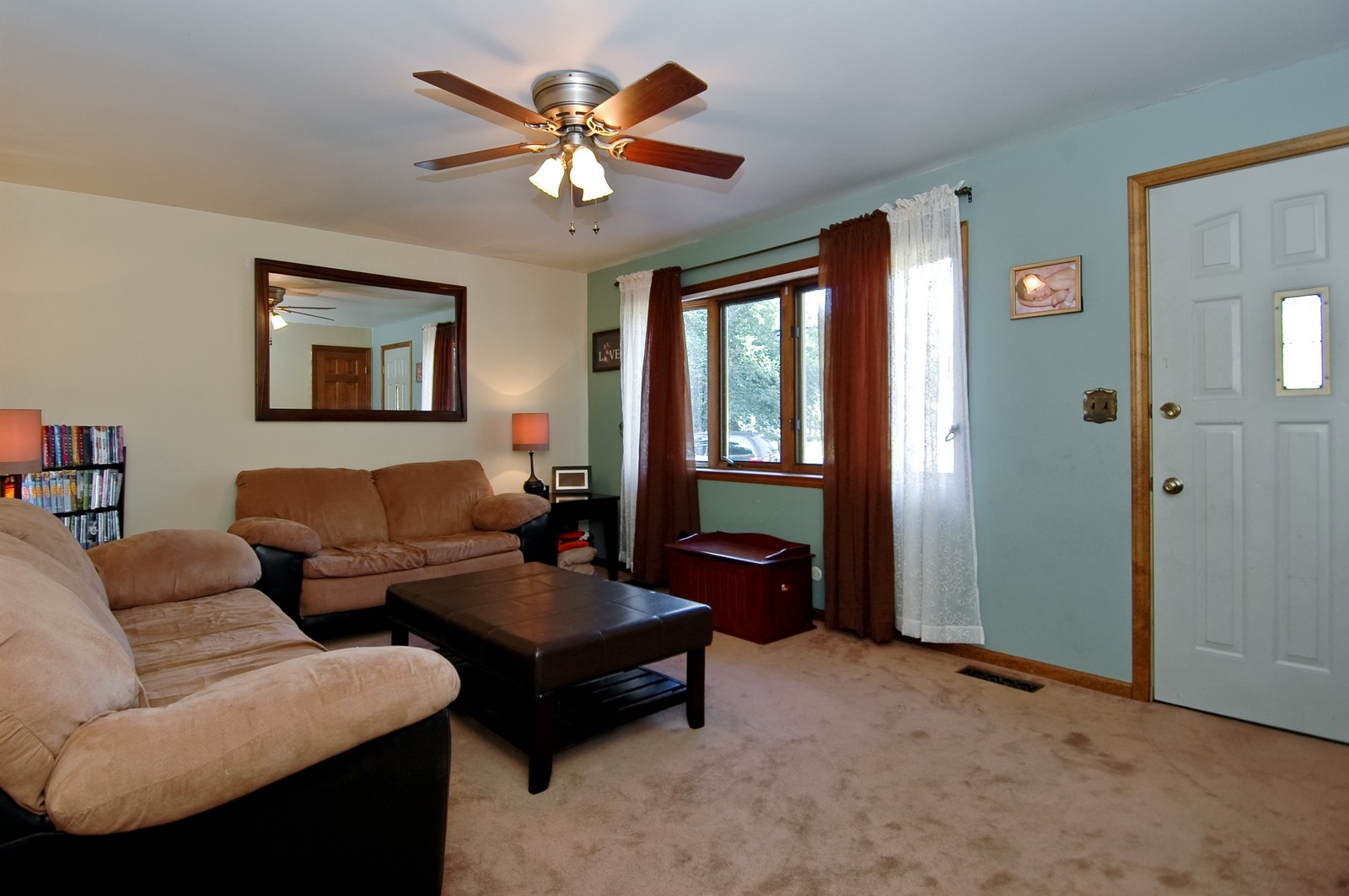 Real Estate Photography - 7318 McHenry Ave, Crystal Lake, IL, 60014 - Living Room