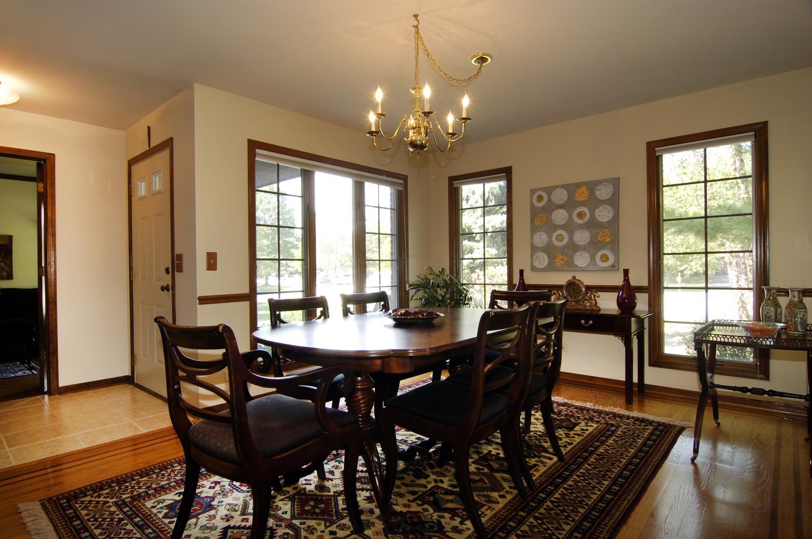 Real Estate Photography - 900 Saddlewood Dr, Glen Ellyn, IL, 60137 - Dining Room