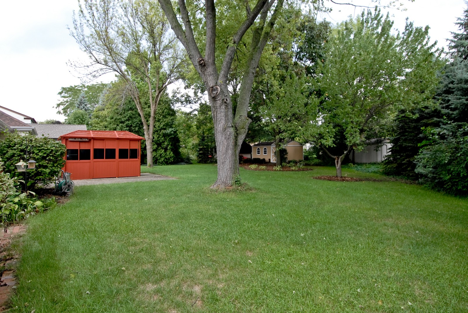 Real Estate Photography - 1157 Chillem Dr, Batavia, IL, 60510 - Back Yard