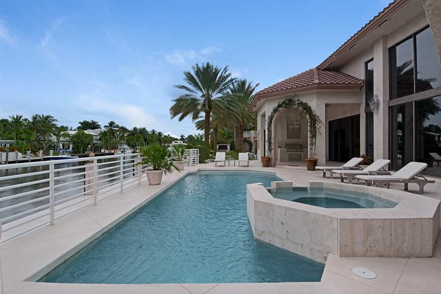 Real Estate Photography - 600 Isle of Palms Dr, Fort Lauderdale, FL, 33301 - Pool