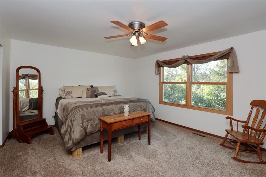 Real Estate Photography - 406 Pheasant Ridge Ct, Lindenhurst, IL, 60046 - Master Bedroom