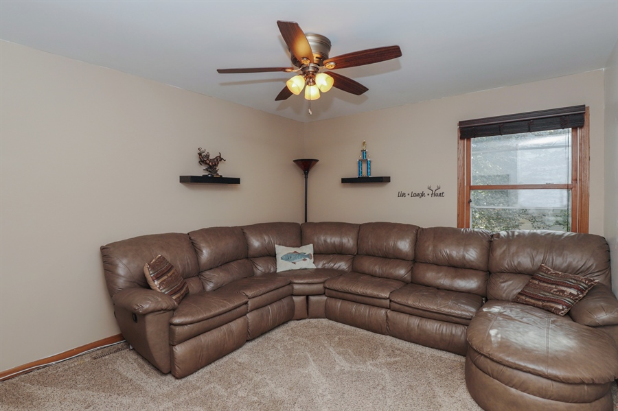 Real Estate Photography - 406 Pheasant Ridge Ct, Lindenhurst, IL, 60046 - Bedroom
