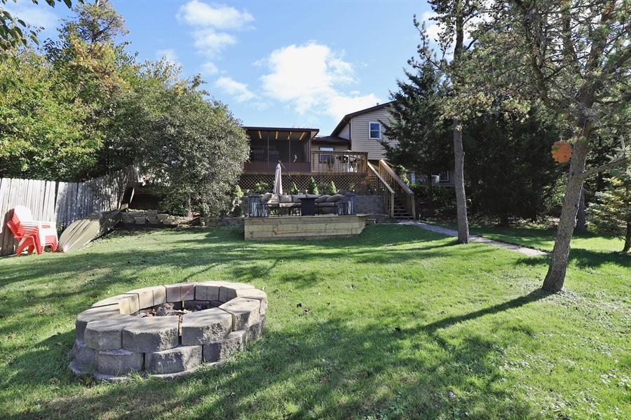 Real Estate Photography - 406 Pheasant Ridge Ct, Lindenhurst, IL, 60046 - Front View