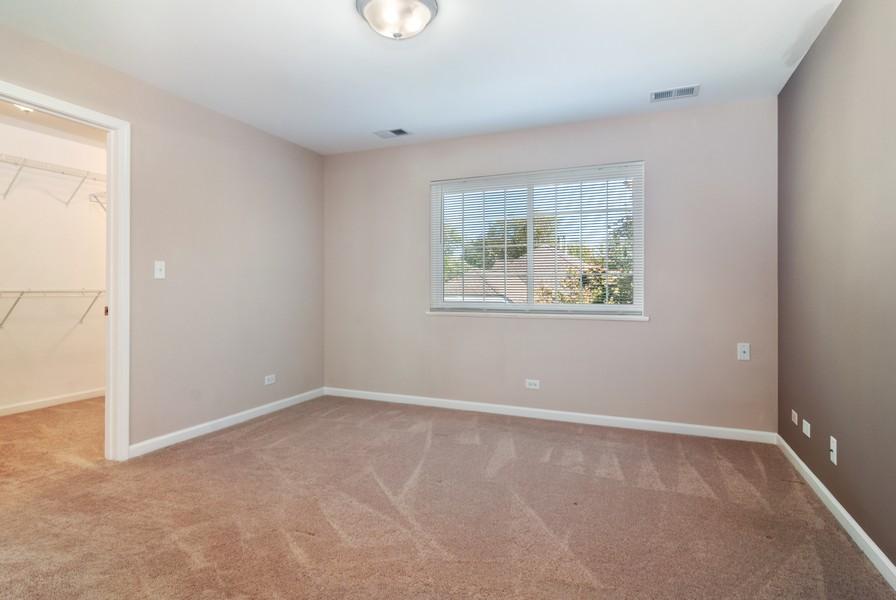 Real Estate Photography - 114 Hillwood Pl, Aurora, IL, 60506 - Master Bedroom