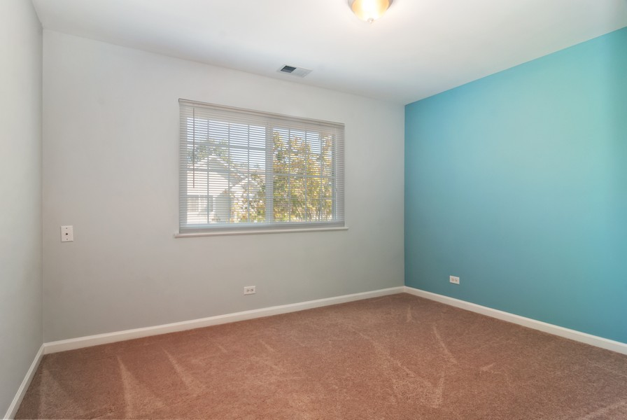 Real Estate Photography - 114 Hillwood Pl, Aurora, IL, 60506 - 3rd Bedroom
