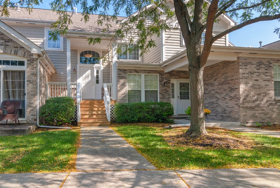 Real Estate Photography - 114 Hillwood Pl, Aurora, IL, 60506 - Front View
