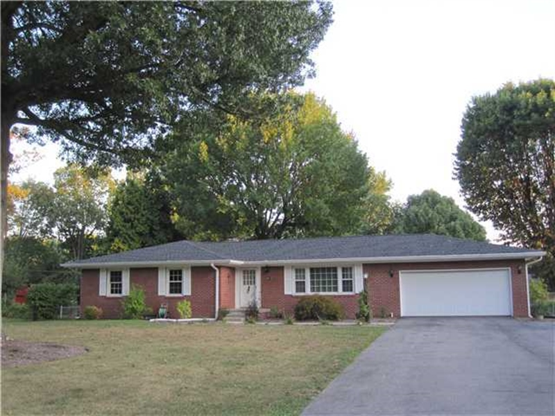 Real Estate Photography - 3321 McLaughlin St, Indianapolis, IN, 46227 - Location 21