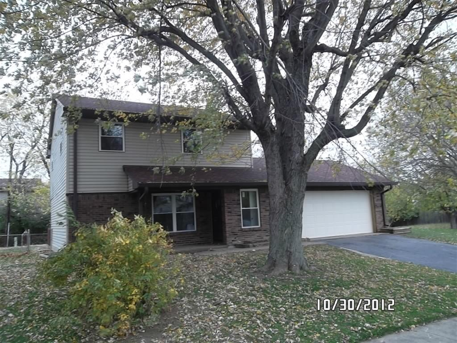 Real Estate Photography - 4917 Gambel Rd, Indianapolis, IN, 46221 - Location 2
