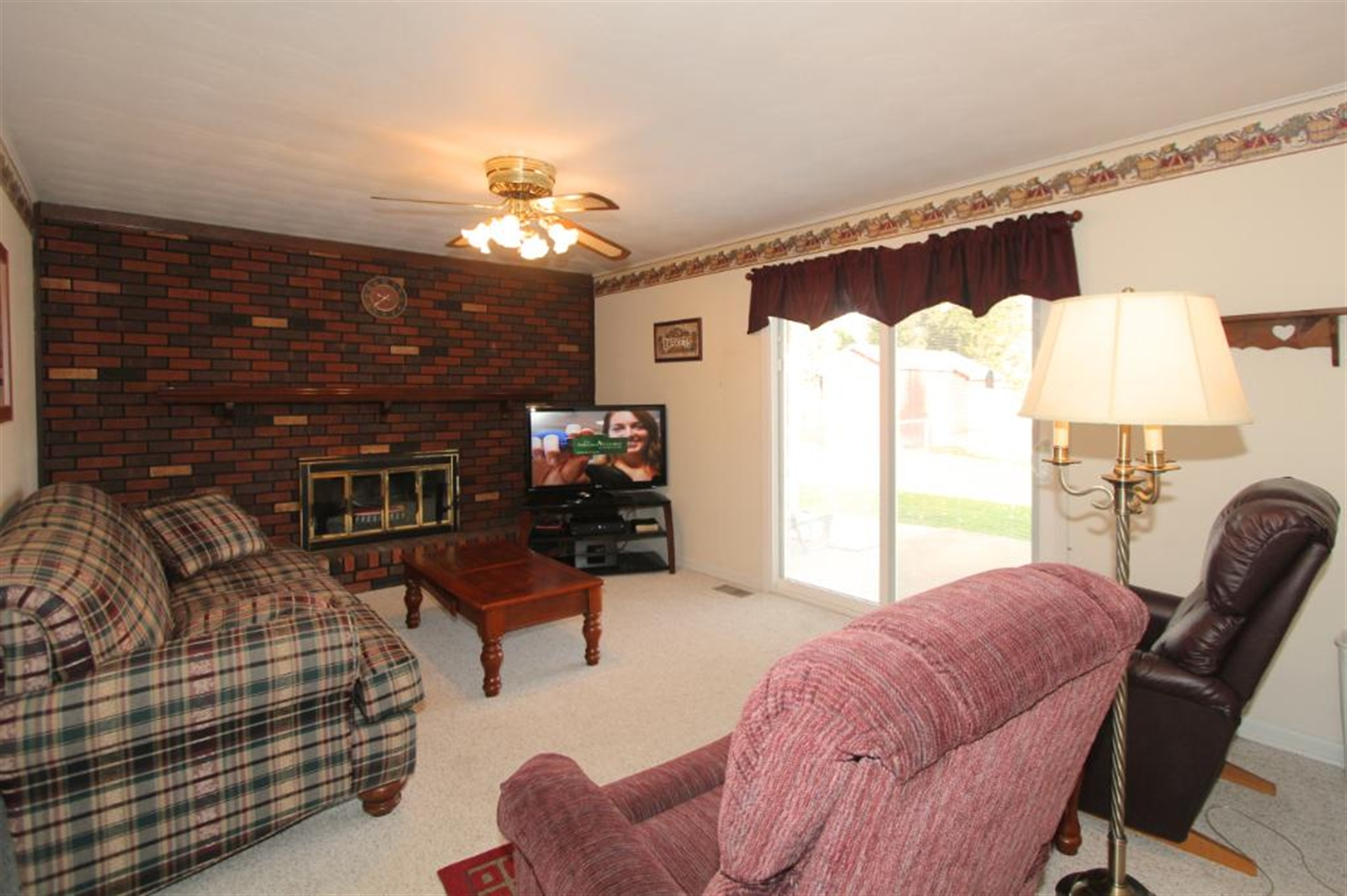 Real Estate Photography - 214 Spring Mill Rd, Anderson, IN, 46013 - Location 7