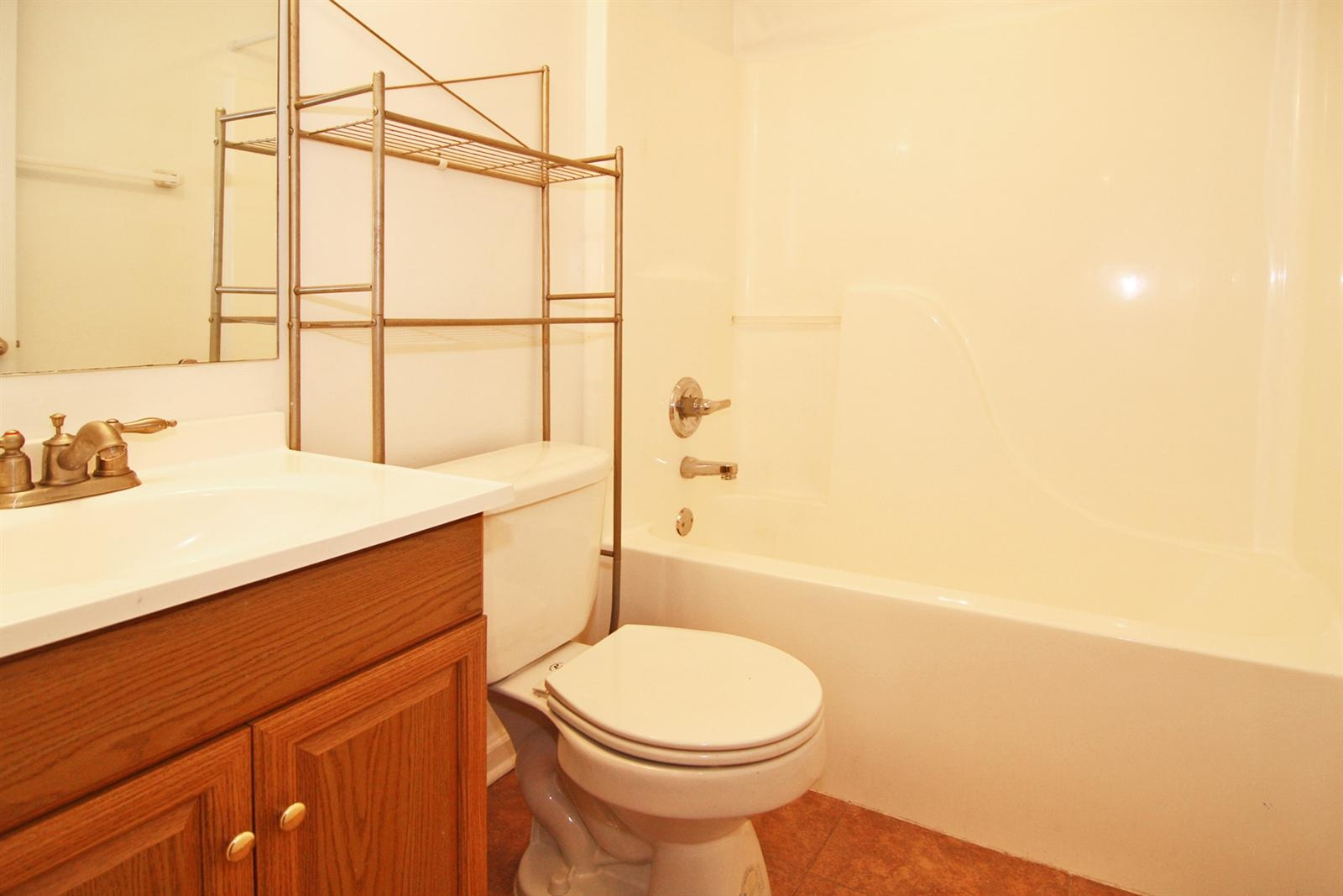 Real Estate Photography - 53 Port Robert Dr, Apt A, Indianapolis, IN, 46224 - Location 12