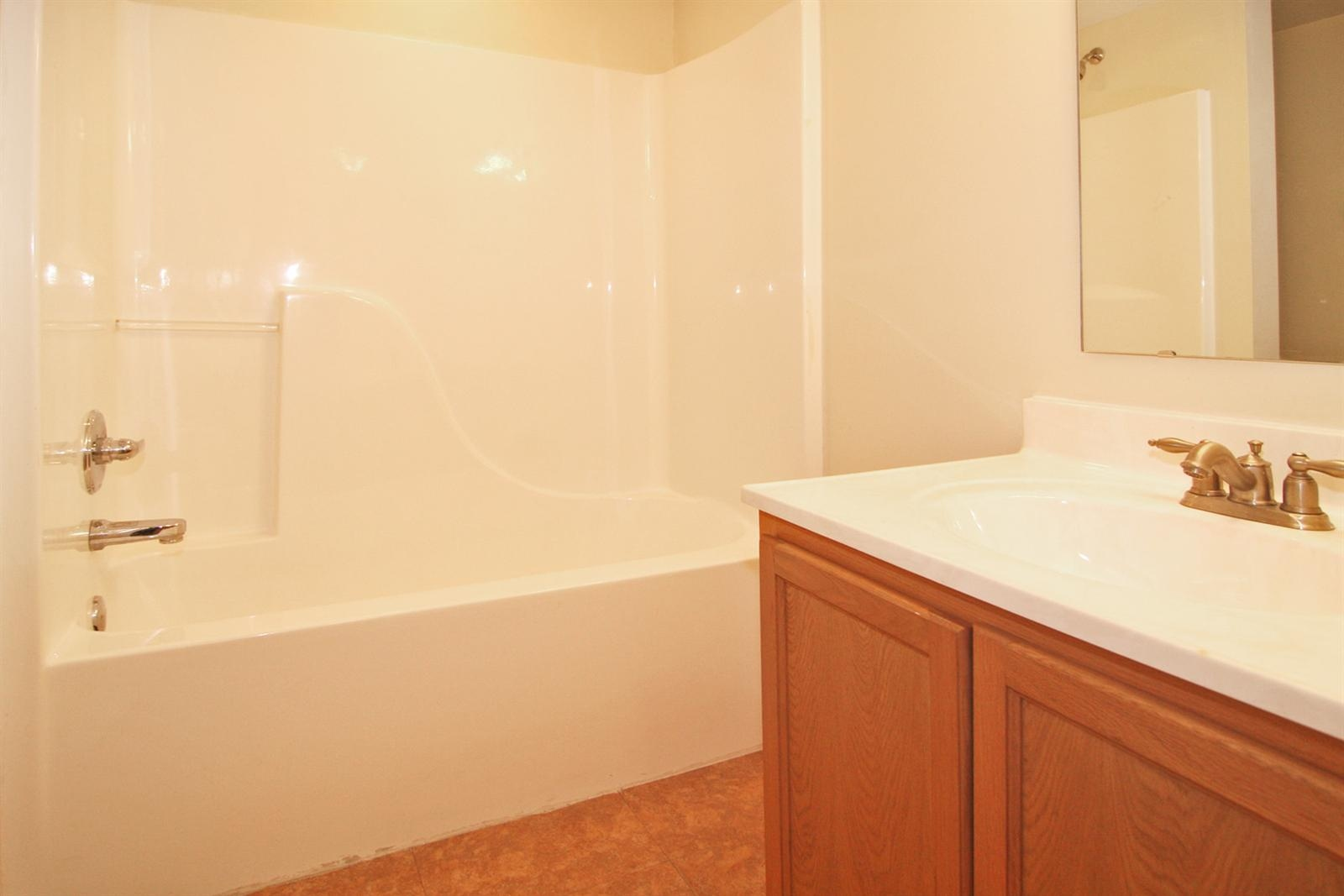 Real Estate Photography - 53 Port Robert Dr, Apt A, Indianapolis, IN, 46224 - Location 16