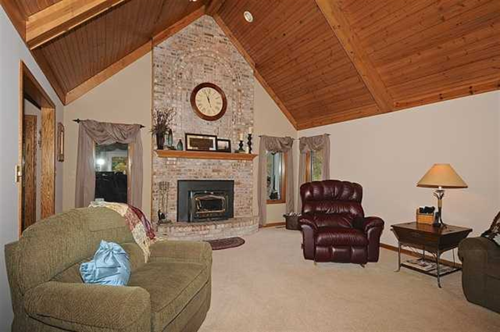 Real Estate Photography - 2287 Papaw Ct, Plainfield, IN, 46168 - Location 8