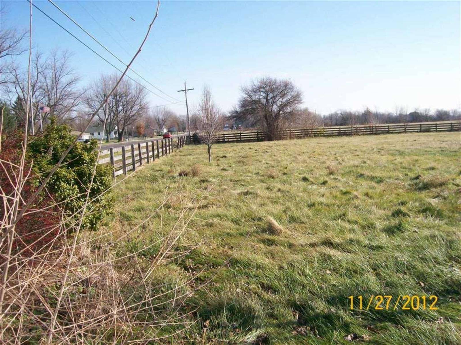 Real Estate Photography - 3077 E SR 236, ANDERSON, IN, 46011 - Location 2