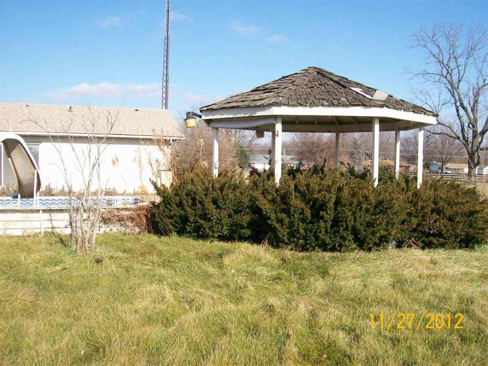 Real Estate Photography - 3077 E SR 236, ANDERSON, IN, 46011 - Location 5