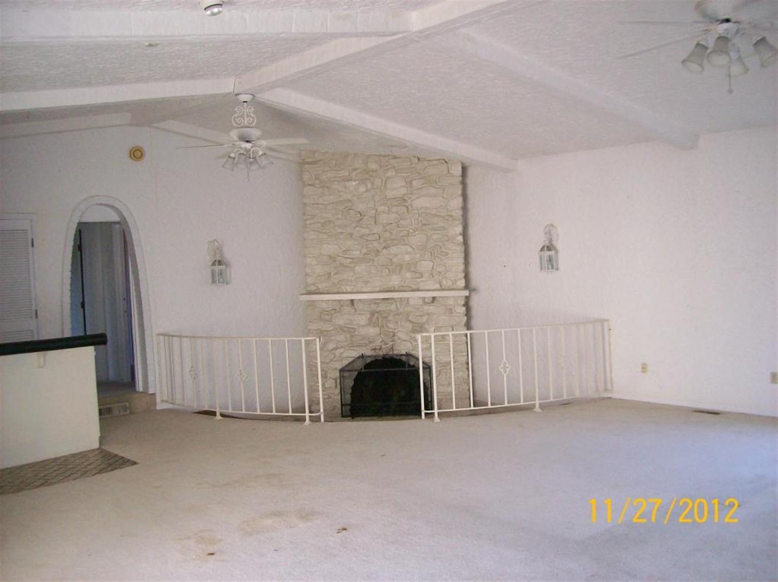 Real Estate Photography - 3077 E SR 236, ANDERSON, IN, 46011 - Location 7