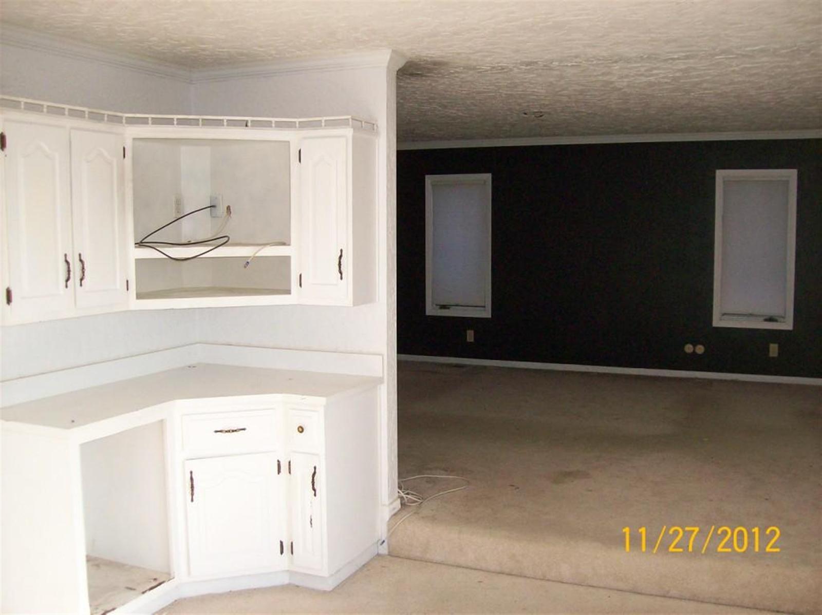 Real Estate Photography - 3077 E SR 236, ANDERSON, IN, 46011 - Location 10