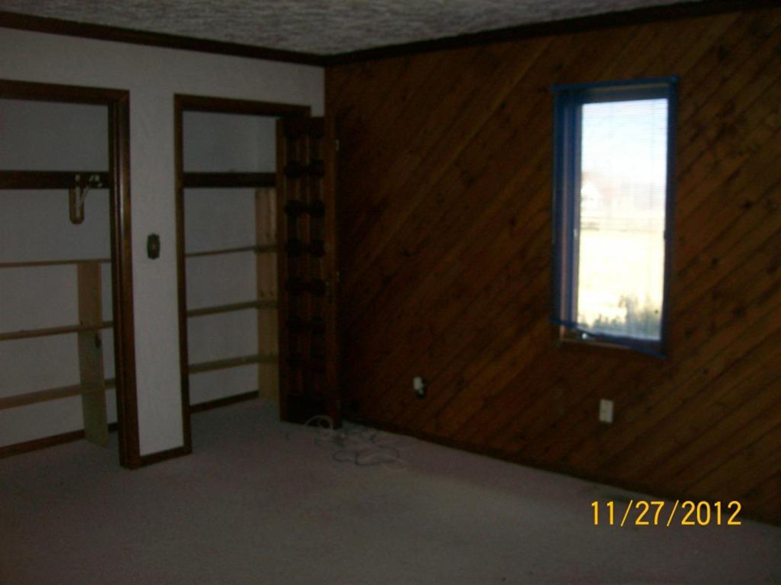 Real Estate Photography - 3077 E SR 236, ANDERSON, IN, 46011 - Location 12