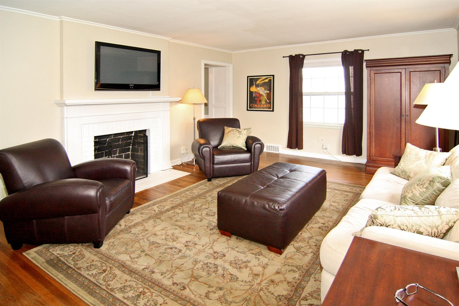 Real Estate Photography - 5022 Graceland Ave, Indianapolis, IN, 46208 - Location 4