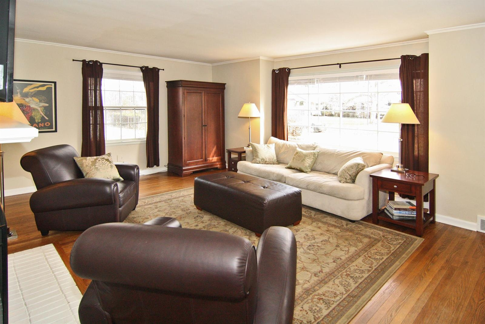 Real Estate Photography - 5022 Graceland Ave, Indianapolis, IN, 46208 - Location 5