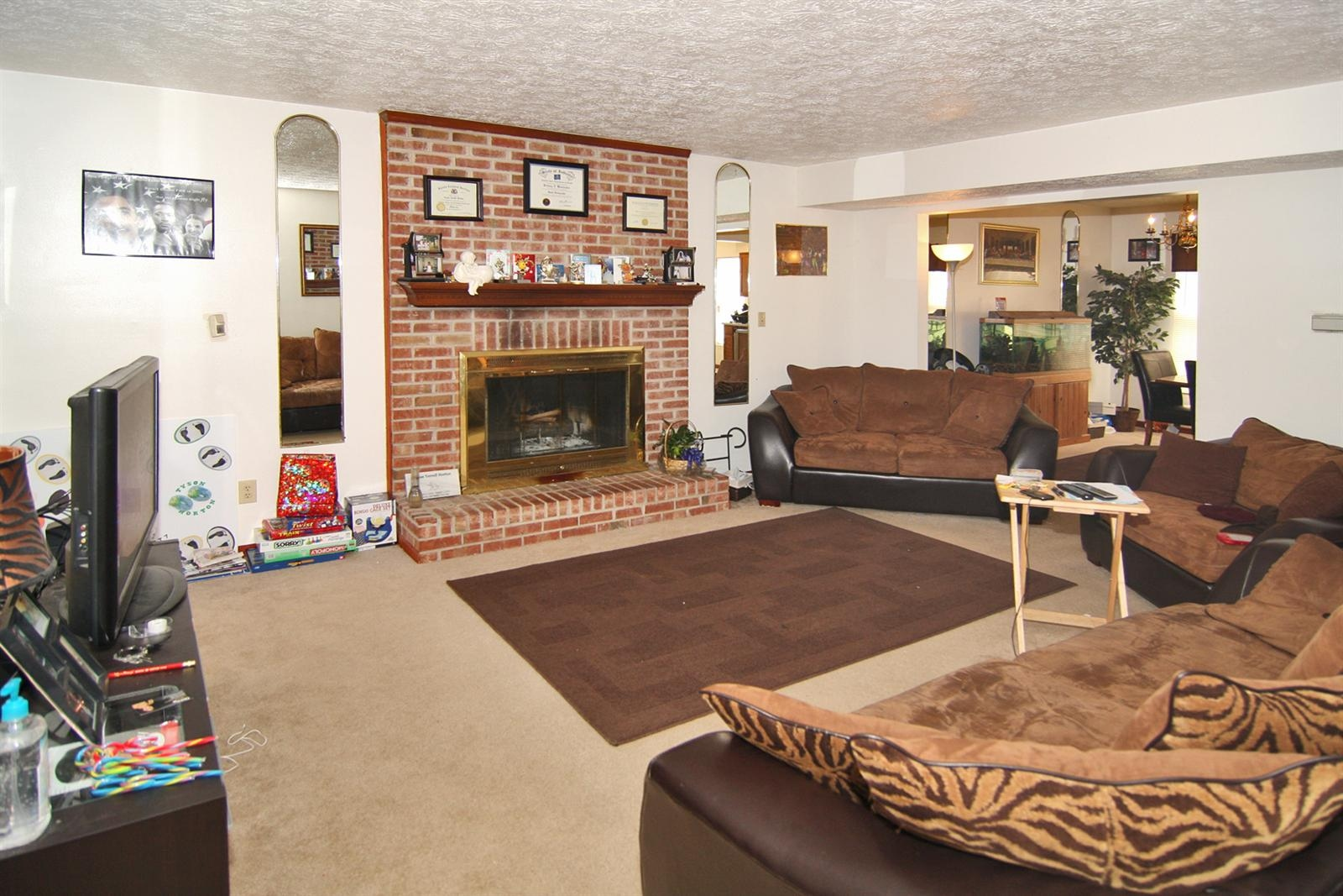 Real Estate Photography - 6055 Terrytown Pkwy, Indianapolis, IN, 46254 - Location 4