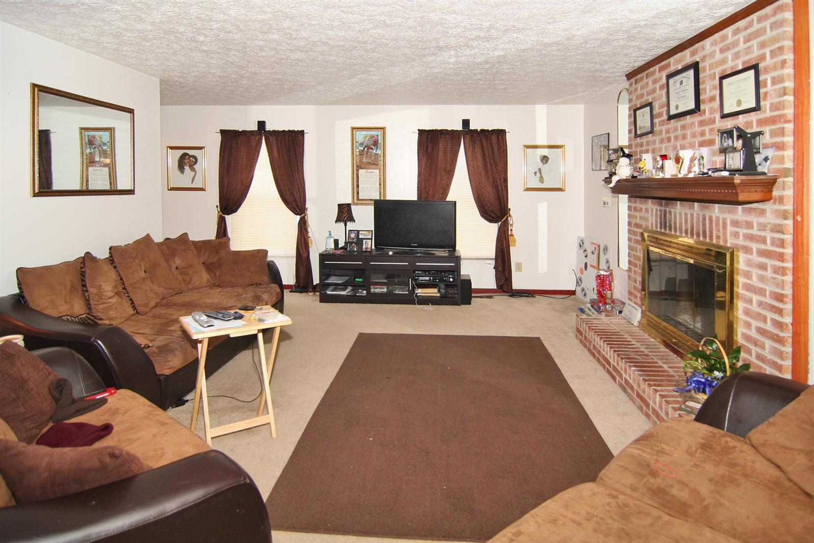 Real Estate Photography - 6055 Terrytown Pkwy, Indianapolis, IN, 46254 - Location 5