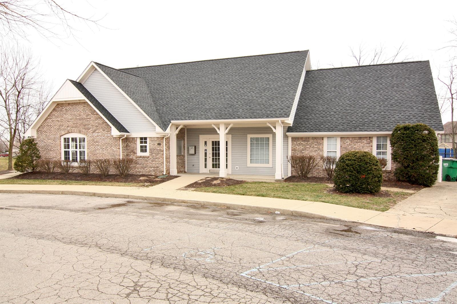 Real Estate Photography - 6055 Terrytown Pkwy, Indianapolis, IN, 46254 - Location 18