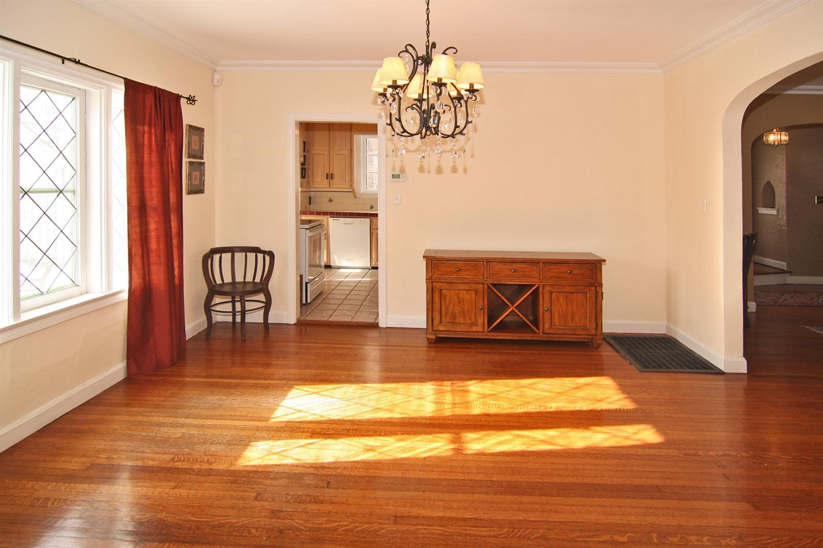 Real Estate Photography - 213 Buckingham Dr, Indianapolis, IN, 46208 - Location 7