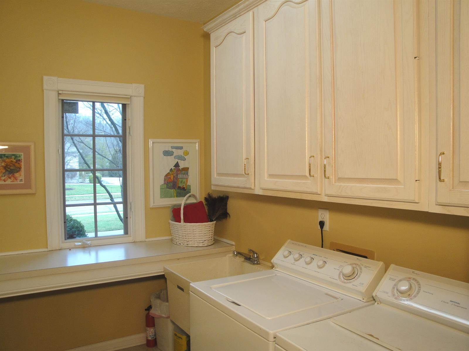 Real Estate Photography - 6533 Cherbourg Cir, # Cl, Indianapolis, IN, 46220 - Location 14