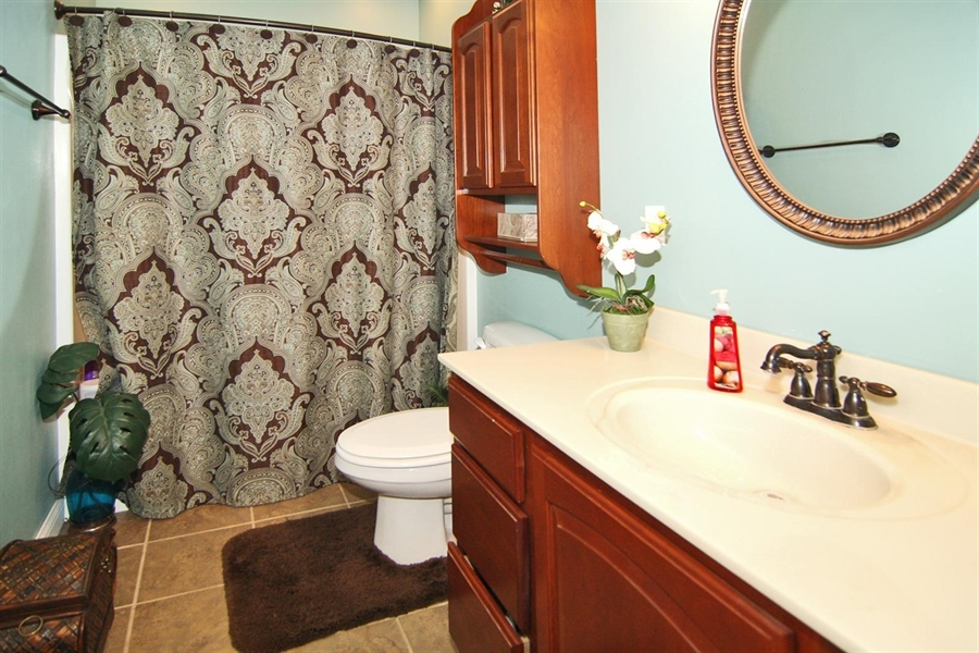 Real Estate Photography - 1426 S Anderson St, Elwood, IN, 46036 - Bathroom