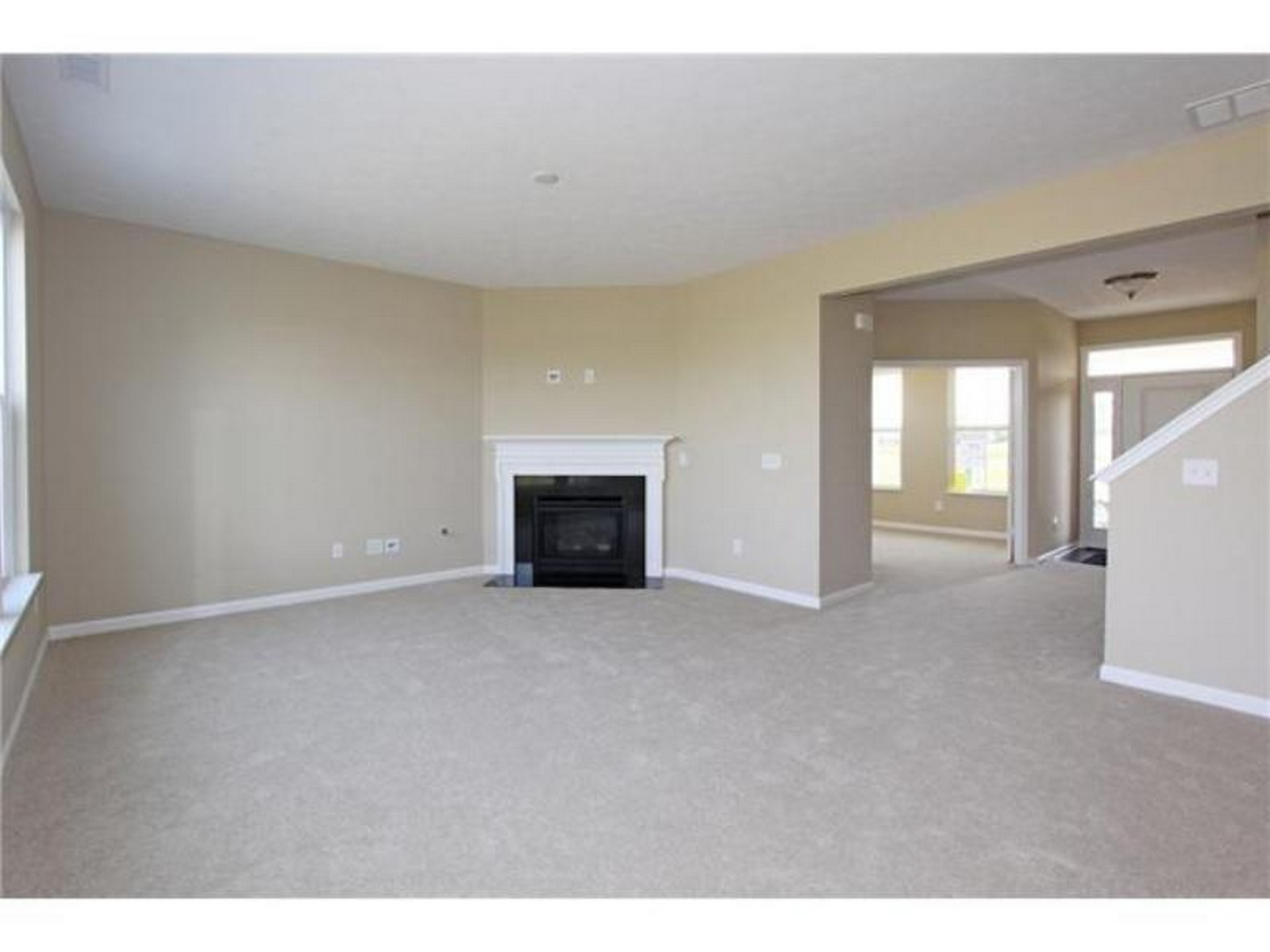 Real Estate Photography - 5827 Augusta Meadows Dr, Indianapolis, IN, 46254 -