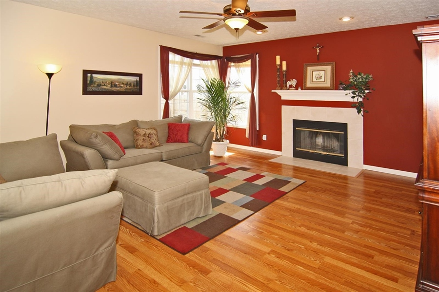 Real Estate Photography - 1123 Hopkins Rd, Indianapolis, IN, 46229 - Location 8
