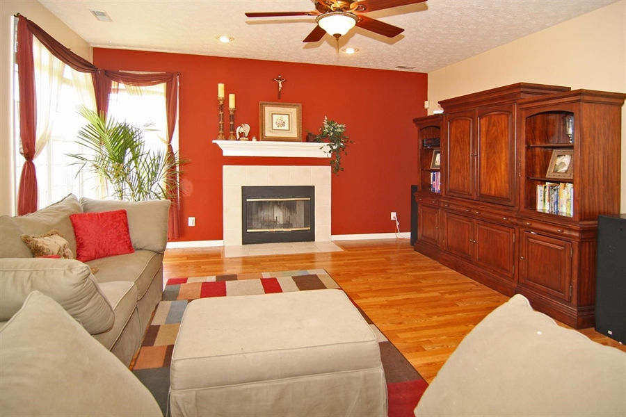 Real Estate Photography - 1123 Hopkins Rd, Indianapolis, IN, 46229 - Location 9
