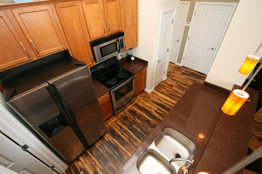Real Estate Photography - 624 E Walnut St, Apt 26, Indianapolis, IN, 46204 - Location 15