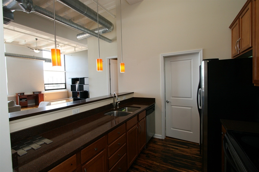 Real Estate Photography - 624 E Walnut St, Apt 26, Indianapolis, IN, 46204 - Location 17