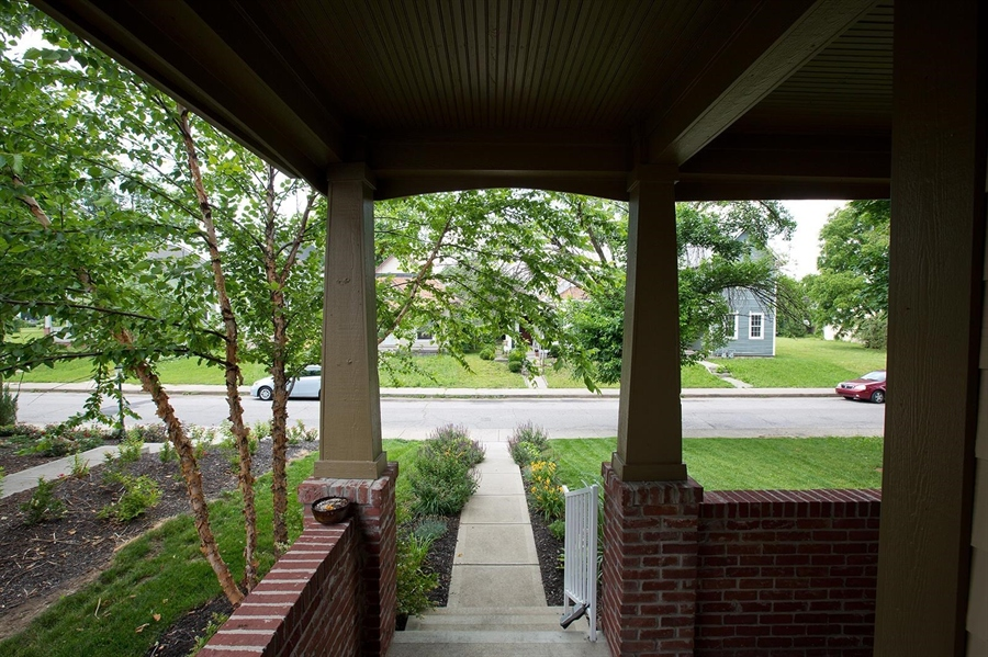 Real Estate Photography - 2029 Ruckle St, Indianapolis, IN, 46202 - Location 4