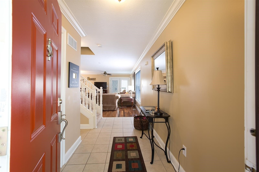 Real Estate Photography - 2029 Ruckle St, Indianapolis, IN, 46202 - Location 5