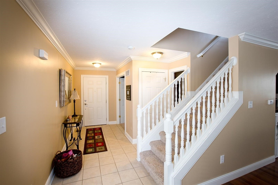 Real Estate Photography - 2029 Ruckle St, Indianapolis, IN, 46202 - Location 6