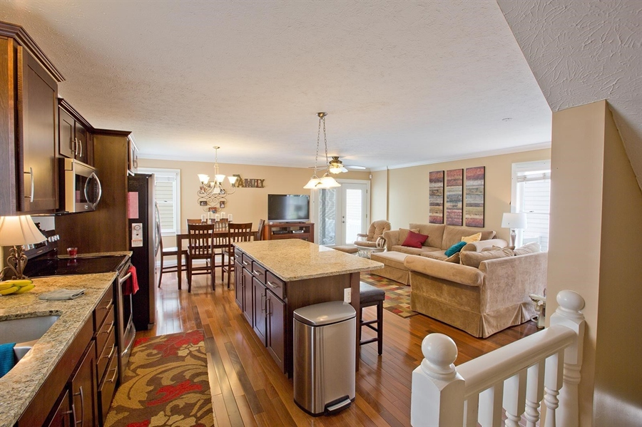 Real Estate Photography - 2029 Ruckle St, Indianapolis, IN, 46202 - Location 11