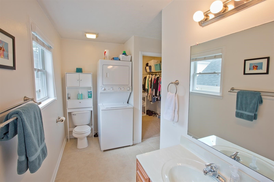 Real Estate Photography - 2029 Ruckle St, Indianapolis, IN, 46202 -
