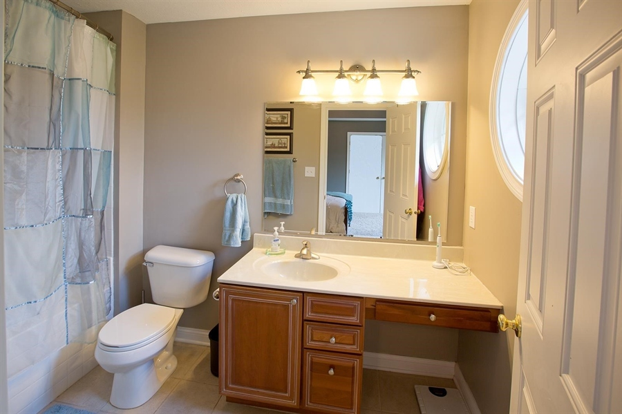 Real Estate Photography - 2029 Ruckle St, Indianapolis, IN, 46202 - Location 15
