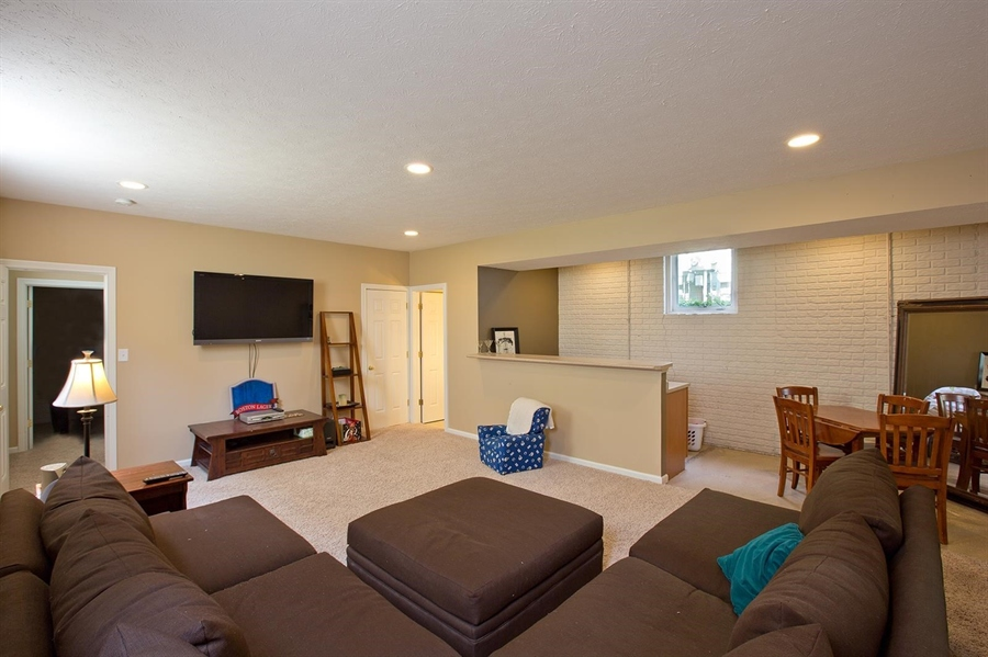 Real Estate Photography - 2029 Ruckle St, Indianapolis, IN, 46202 - Location 20
