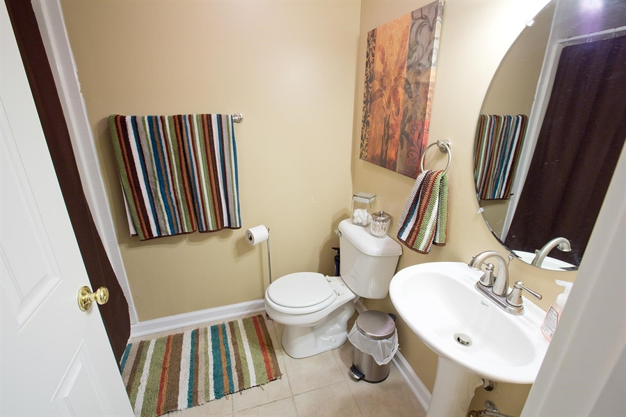 Real Estate Photography - 2029 Ruckle St, Indianapolis, IN, 46202 - Location 22