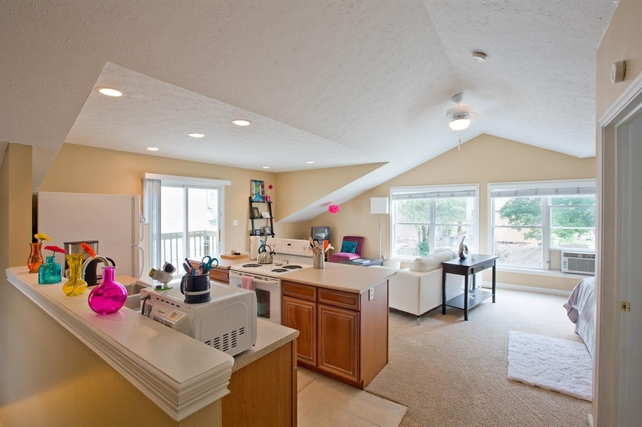 Real Estate Photography - 2029 Ruckle St, Indianapolis, IN, 46202 - Location 26