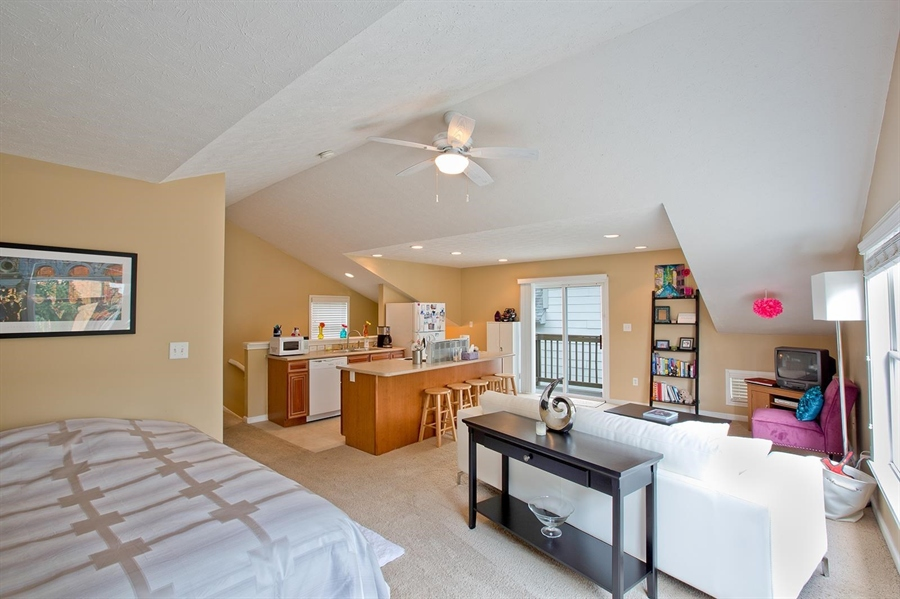 Real Estate Photography - 2029 Ruckle St, Indianapolis, IN, 46202 - Location 27