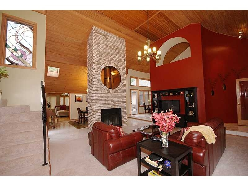 Real Estate Photography - 7025 N Meridian St, Indianapolis, IN, 46260 - Location 3